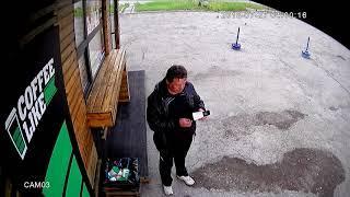В Воркуте неизвестный пытался сжечь павильон с кофе