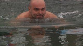 UTV.Уфимские моржи сутки провели в ледяной воде