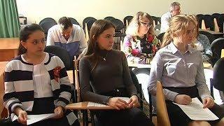 В Покачах выпускникам школ помогают поступить в медицинские вузы