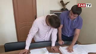 Директор забайкальского фонда капремонта объяснил, почему бежит крыша на ул. Угданской, 40 в Чите