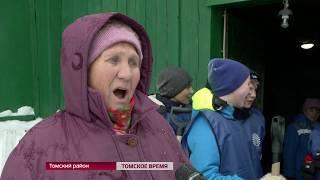 В Томской области к уборке снега приступили тимуровские отряды