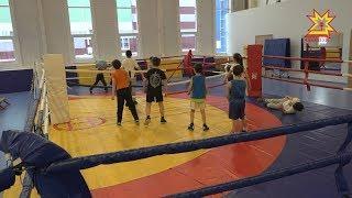 В спортивной школе имени Валериана Соколова в зале бокса всегда многолюдно.