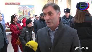 Проголосовал и первый вице-спикер НС республики Камил Давдиев