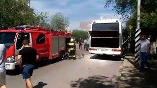 В Волгограде загорелся пассажирский автобус
