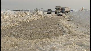 Опасно для жизни стало ездить по ледовым переправам Югры