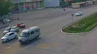 ДТП (авария г. Волжский) пл. Ленина вид на проспект 13-06-2018 18-13
