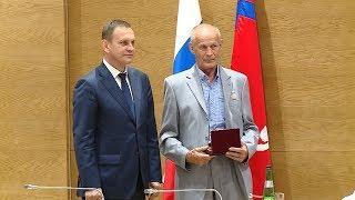 Волгоградцам вручили государственные награды