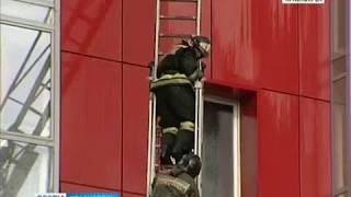 В Красноярске произошел пожар в 17-этажном доме