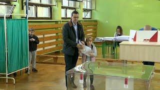 Поляки голосуют на муниципальных выборах
