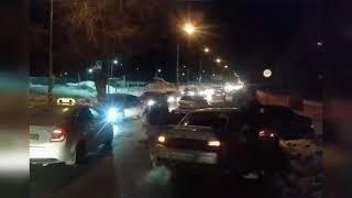 В Саратове участник массового ДТП станцевал лезгинку на дороге