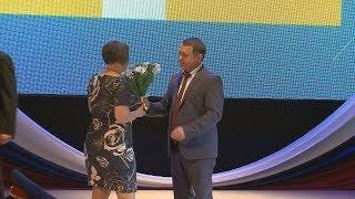 Социальных работников Ставрополья наградили в честь профессионального праздника.