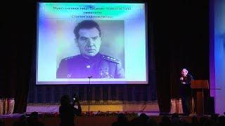 Народный учитель России Юрий Лепехин презентовал студентам книгу «Бессмертный Сталинград»