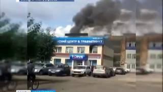 На правобережье Красноярска загорелся частный травмпункт