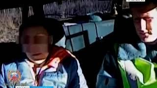 В Уяре нетрезвая женщина с тремя детьми в машине врезалась в бензоколонку