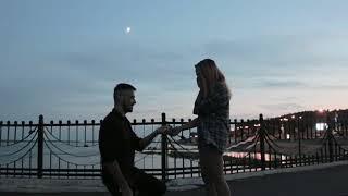 Студент из Владивостока сделал предложение руки и сердца на набережной Комсомольска