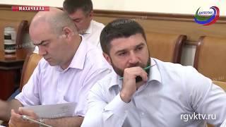 В правительстве Дагестана обсудили сроки переселения граждан из аварийного жилья