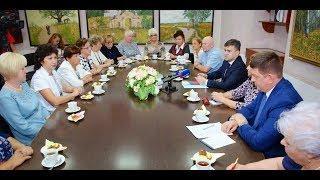 Выплаты ветеранам труда и пособия на ребенка в Ивановской области станут ежемесячными