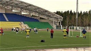 В Ханты-Мансийске выбирают лучшую команду округа по мини-футболу