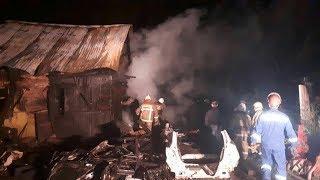 Ночной пожар в Уфе тушили почти 40 огнеборцев: погибли 4 человека