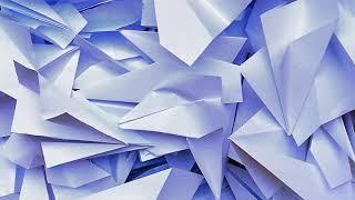Россияне запустили бумажные самолетики в поддержку Telegram