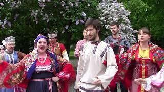 """Тюменское счастье: Ансамбль """"Росстань"""" поздравляет Тюмень"""