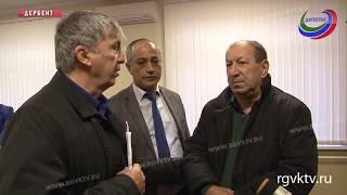 Директор дербентской школы уволен за поборы