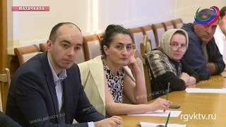 В правительстве республики обсудили вопросы организации детского питания