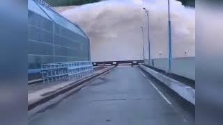Бурейская ГЭС сливает воду август 2018