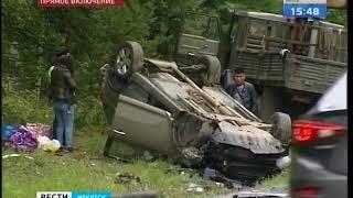 В Шелеховском районе маршрутка столкнулась с кроссовером и перевернулась  О пострадавших узнаем из п
