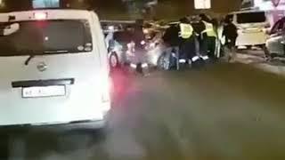 Во Владивостоке неадекватный таксист спровоцировал ДТП, скрываясь от погони.