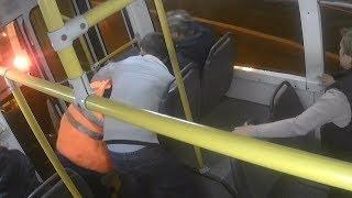 Как на самом деле произошла драка водителей троллейбуса и маршрутки?