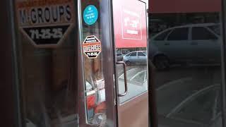 В Оренбурге пьяная авто-леди влетела в продуктовый киоск