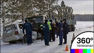 В результате крупного ДТП под Красноярском погибли 8 человек