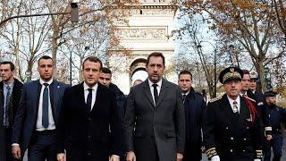 """Власти Франции пока не стали объявлять режим ЧС из-за """"желтых жилетов""""…"""