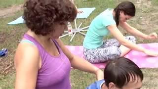 В парке «Солнечный» прошёл отчетный день проекта «Йога в парках»
