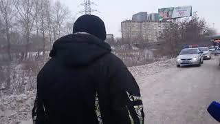 Водитель автобуса, который устроил ДТП на ЖБИ, убегает от журналистов