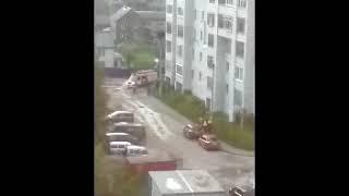Шлагбаум на Громова, 57