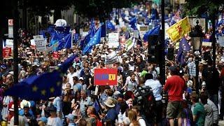 """100-тысячный марш против """"брексита"""""""