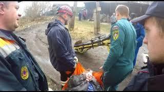 Спасатели ЦГЗ эвакуировали женщину-инвалида из разрушающегося дома