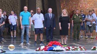 Зампосла Великобритании в РФ Линдси Сколл отдала дань памяти погибшим в битве за Сталинград