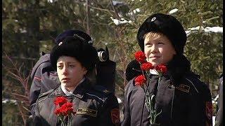 В Сургуте почтили память основателя лицея милиции