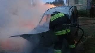 Ночью в Дзержинском районе Ярославля сгорела иномарка
