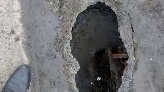 """До мурашек. В Челябинске на пешеходном мосту образовался """"провал в никуда"""""""