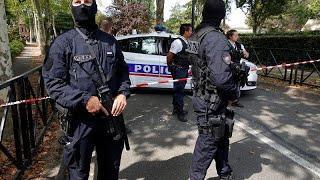 Нападение во Франции: 2 убитых