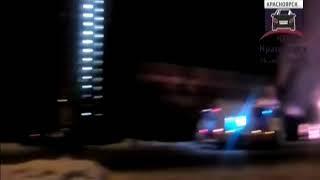 В Красноярске на улице Свердловская неожиданно сгорел ветхий дом
