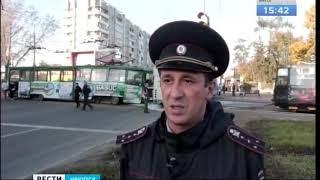 Трамвай протаранил автобус в Иркутске  Четверых пассажиров увезла скорая