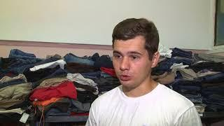 Саратовские добровольцы пришли на помощь пожилой женщине, которая живёт в заброшенном доме