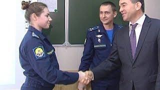 С Днем защитника Отечества поздравили курсантов и курсанток Краснодарского авиаучилища