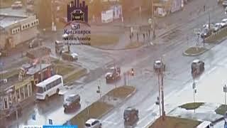 На проспекте Комсомольский лихач протаранил павильон