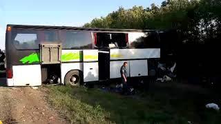 По предварительным данным, водитель автобуса, разбившегося в Андроповском районе, не справился с упр